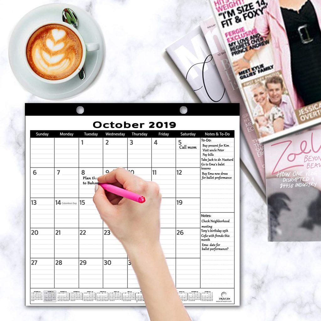 refrigerator magnetic calendar